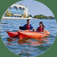 生活在威斯康星州:在莫纳湖上划独木舟